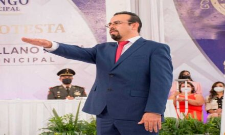 Rinde protesta el Ingeniero Salvador Arellano Anaya