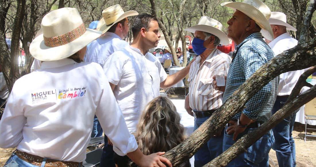 Respaldará Miguel Varela a ganaderos con programas y apoyos